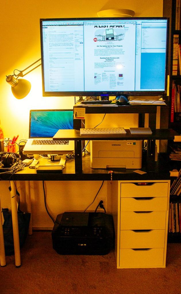 Tin's Standing Desk
